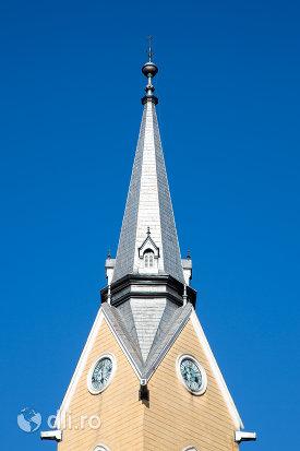 turn-cu-ceas-de-la-biserica-reformata-din-sighetu-marmatiei-judetul-maramures-2.jpg