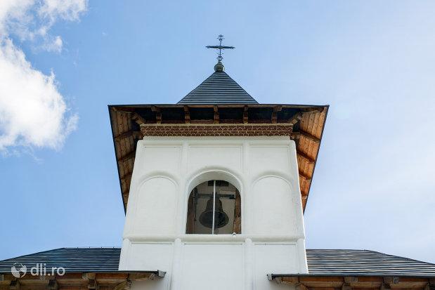turn-cu-clopot-manastirea-sfiniii-apostoli-petru-si-pavel-din-bixad-judetul-satu-mare.jpg