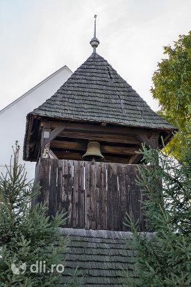 turn-cu-clopotnita-biserica-reformata-din-livada-judetul-satu-mare.jpg