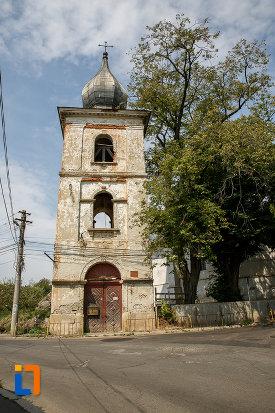 turn-cu-clopotnita-de-la-biserica-armeneasca-turnu-rosu-din-suceava-judetul-suceava.jpg