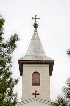 turn-cu-cruce-biserica-ortodoxa-din-paulesti-judetul-satu-mare.jpg