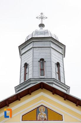 turn-cu-cruce-biserica-sf-nicolae-1812-din-gaesti-judetul-dambovita.jpg