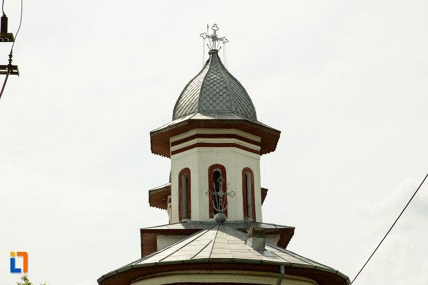 turn-cu-cruce-de-la-biserica-cuvioasa-paraschiva-din-bals-judetul-olt.jpg