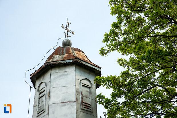 turn-cu-cruce-de-la-biserica-cuvioasa-paraschiva-din-suica-judetul-olt.jpg