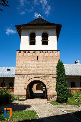 turn-de-clopotnita-manastirea-stelea-din-targoviste-judetul-dambovita.jpg