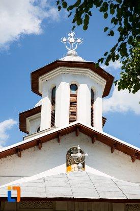 turn-de-la-biserica-adormirea-maicii-domnului-mavrodolu-din-pitesti-judetul-arges.jpg