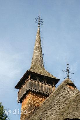 turn-de-la-biserica-de-lemn-din-calinesti-judetul-maramures.jpg