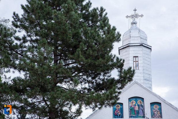 turn-de-la-biserica-sf-voievozi-1839-din-tandarei-judetul-ialomita.jpg