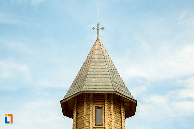 turn-de-la-manastirea-sf-ana-din-orsova-judetul-mehedinti.jpg