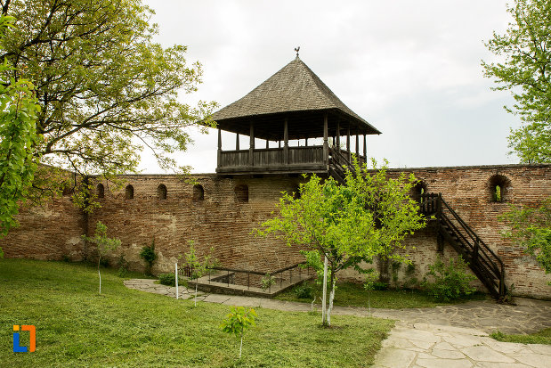turn-de-la-manastirea-strehaia-judetul-mehedinti.jpg