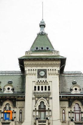 turn-de-la-palatul-administrativ-prefectura-consiliul-judetean-din-craiova-judetul-dolj.jpg