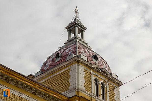 turn-de-la-palatul-arhiepiscopiei-ortodoxe-din-cluj-napoca-judetul-cluj.jpg