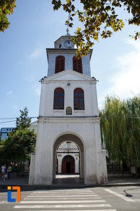 turn-de-poarta-de-la-biserica-sf-gheorghe-din-tulcea-judetul-tulcea.jpg