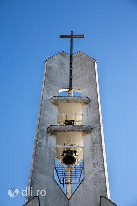 turnul-ci-clopotul-de-la-biserica-greco-catolica-din-baia-sprie-judetul-maramures.jpg