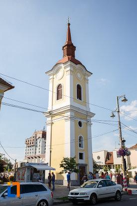 turnul-clopotnita-al-fostei-manastiri-franciscane-1820-din-targu-mures-judetul-mures.jpg