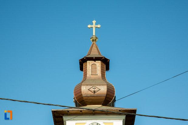 turnul-de-la-biserica-adormirea-maicii-domnului-sau-sf-nicodim-biserica-maioreasa-din-drobeta-turnu-severin-judetul-mehedinti.jpg