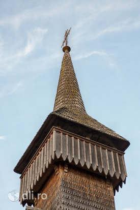 turnul-de-la-biserica-de-lemn-din-breb-judetul-maramures.jpg