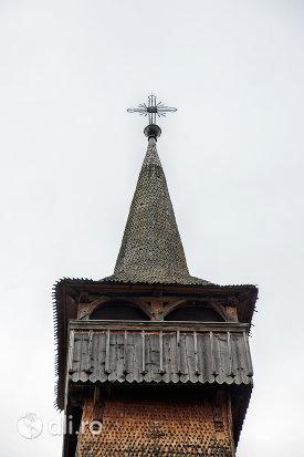 turnul-de-la-biserica-de-lemn-din-ieud-judetul-maramures.jpg