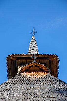 turnul-de-la-biserica-de-lemn-din-valea-stejarului-judetul-maramures.jpg