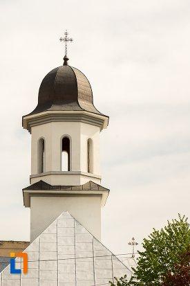 turnul-de-la-biserica-din-cimitirul-rapa-robilor-din-aiud-judetul-alba.jpg