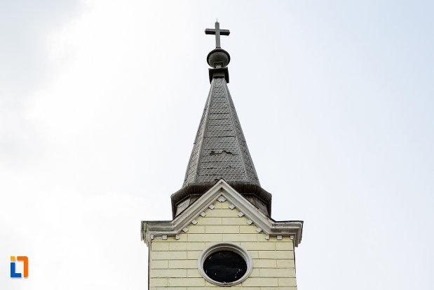 turnul-de-la-biserica-evanghelica-ca-din-reia-judetul-caras-severin.jpg
