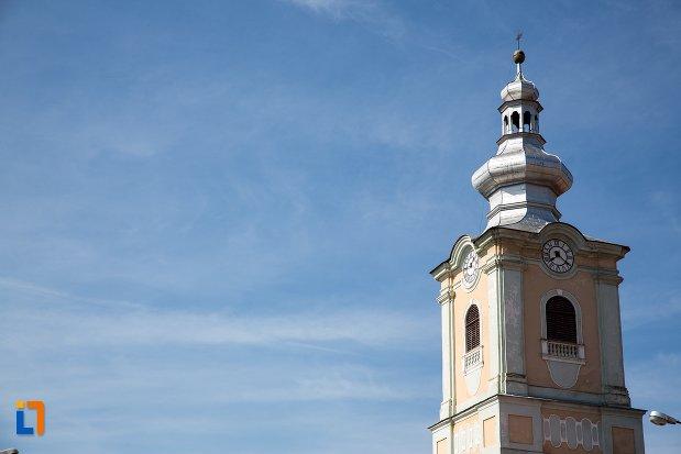 turnul-de-la-biserica-evanghelica-din-rupea-judetul-brasov.jpg