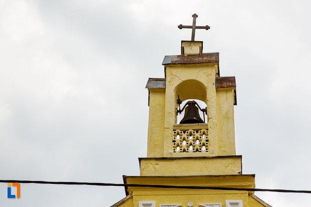 turnul-de-la-biserica-evanghelica-din-steierdorf-judetul-caras-severin.jpg
