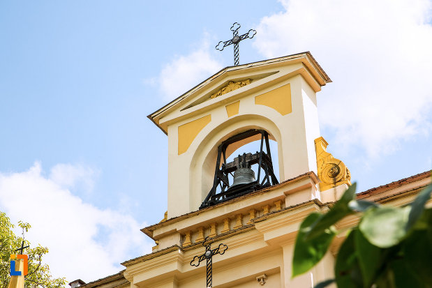 turnul-de-la-biserica-evanghelica-luterana-din-craiova-judetul-craiova.jpg