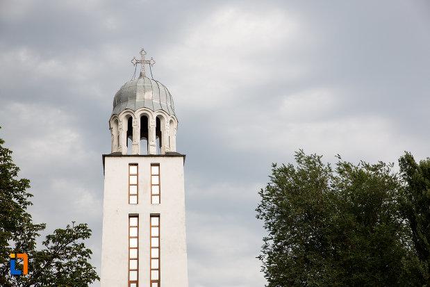 turnul-de-la-biserica-inaltarea-domnului-din-giurgiu-judetul-giurgiu.jpg