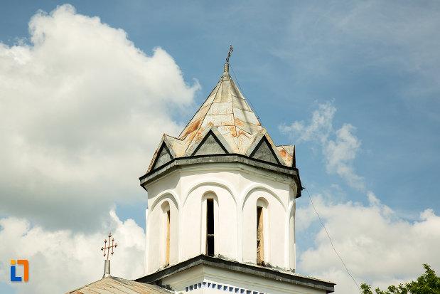 turnul-de-la-biserica-inaltarea-in-biserica-din-suica-judetul-olt.jpg