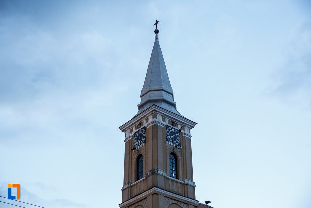 turnul-de-la-biserica-mare-ortodoxa-din-sebes-judetul-alba.jpg