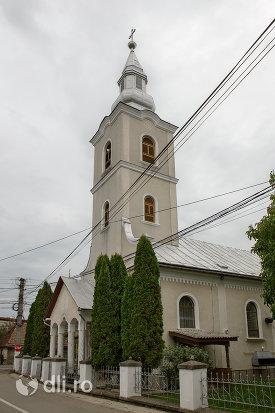 turnul-de-la-biserica-ortodoxa-din-tautii-magheraus-judetul-maramures.jpg