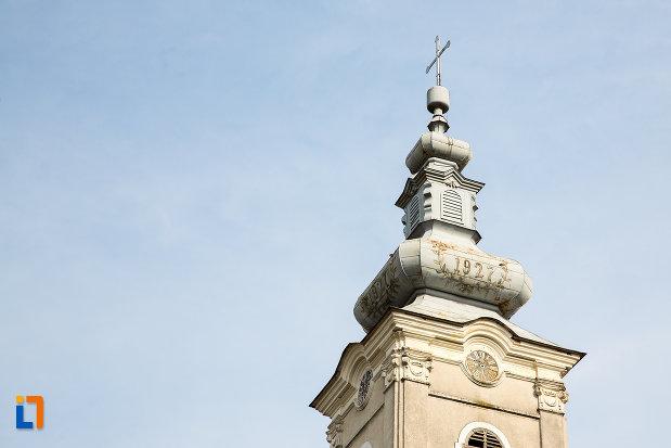 turnul-de-la-biserica-ortodoxa-pogorarea-sfantului-duh-din-bocsa-judetul-caras-severin.jpg
