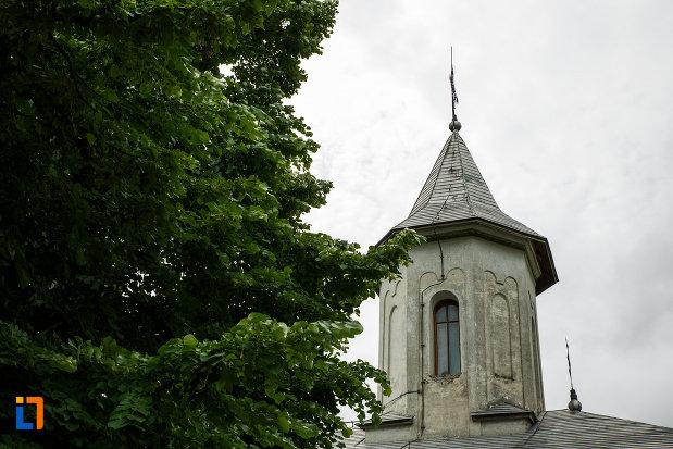 turnul-de-la-biserica-ovidenia-din-odobesti-judetul-vrancea.jpg