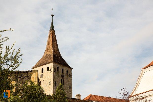 turnul-de-la-biserica-reformata-din-aiud-judetul-alba.jpg