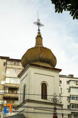 turnul-de-la-biserica-robescu-din-focsani-judetul-vrancea.jpg