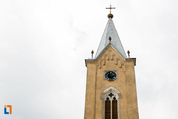 turnul-de-la-biserica-romano-catolica-din-steierdorf-judetul-caras-severin.jpg