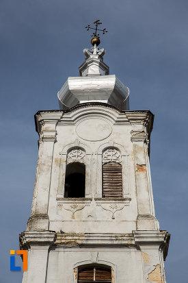 turnul-de-la-biserica-romano-catolica-sf-apostoli-petru-si-pavel-a-fostei-manastiri-mechitariste-din-dumbraveni-judetul-sibiu.jpg