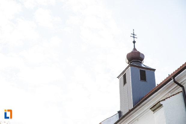 turnul-de-la-biserica-romano-catolica-sf-bartolomeu-din-sebes-judetul-alba.jpg