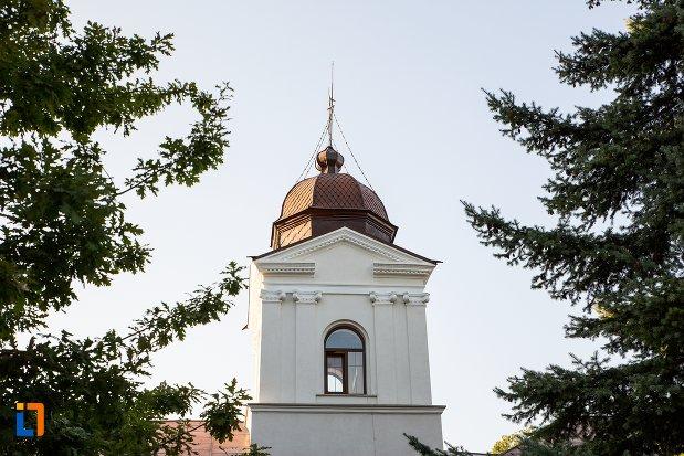 turnul-de-la-biserica-roset-din-botosani-judetul-botosani.jpg