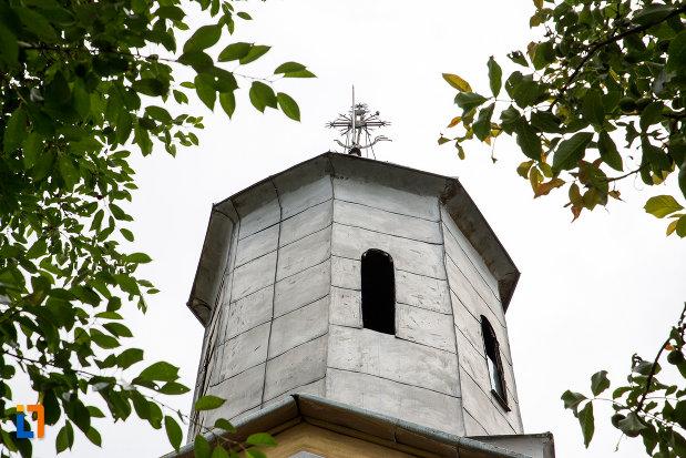 turnul-de-la-biserica-schimbarea-la-fata-din-moreni-judetul-dambovita.jpg