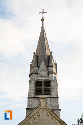 turnul-de-la-biserica-sf-anton-din-pitesti-judetul-arges.jpg