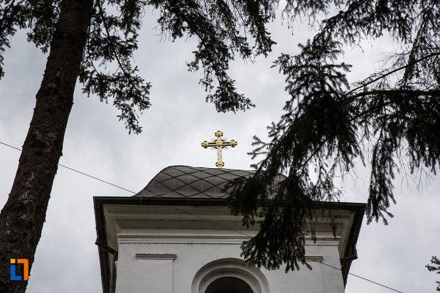 turnul-de-la-biserica-sf-dumitru-din-ramnicu-valcea-judetul-valcea.jpg