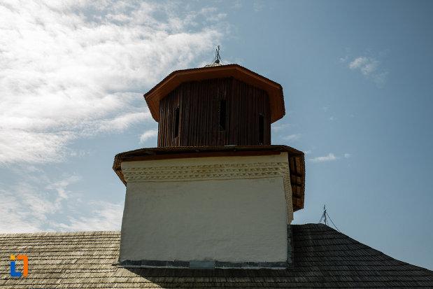 turnul-de-la-biserica-sf-ioan-botezatorul-1793-din-ocnele-mari-judetul-valcea-2.jpg