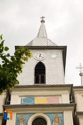 turnul-de-la-biserica-sf-nicolae-buna-vestire-din-campulung-muscel-judetul-arges.jpg