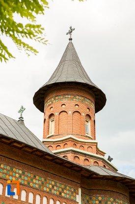 turnul-de-la-biserica-sf-nicolae-din-1495-biserica-domneasca-din-dorohoi-judetul-botosani.jpg