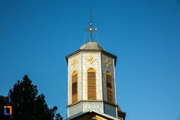 turnul-de-la-biserica-sf-nicolae-din-buzau-judetul-buzau.jpg