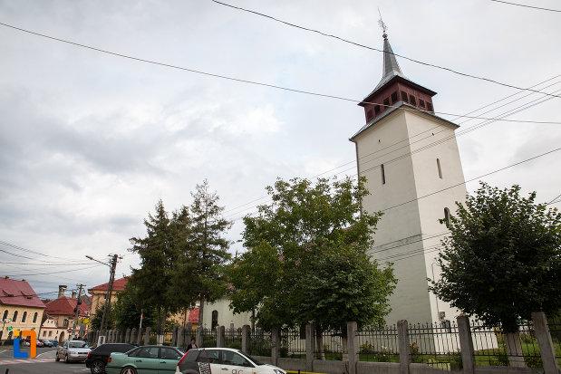 turnul-de-la-biserica-sf-nicolae-din-zarnesti-judetul-brasov.jpg