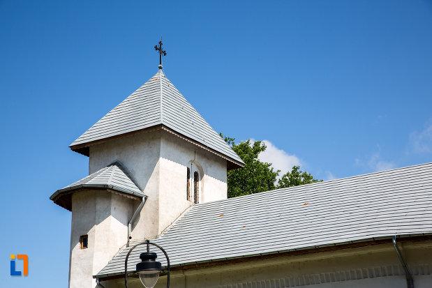 turnul-de-la-biserica-sf-nicolae-geartoglu-din-targoviste-judetul-dambovita.jpg
