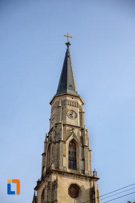 turnul-de-la-biserica-sfantul-mihail-din-cluj-napoca-judetul-cluj-2.jpg